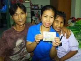 เฮงอีกราย!!! สาวโรงงานย่านบางปู ถูกรางวัลที่1 รับ 6 ล้าน