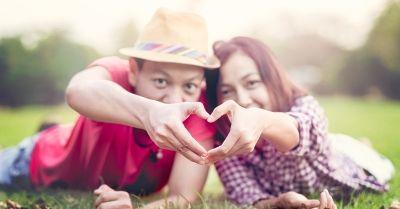 ดวงความรัก รายปักษ์ 1 – 15 พฤษภาคม 2559  โดยแม่หมอริกกะ