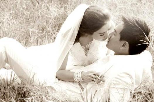 งานแต่ง แอฟ สงกรานต์